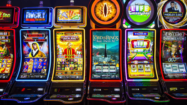 Ряд игровых автоматов по мотивам фильмов